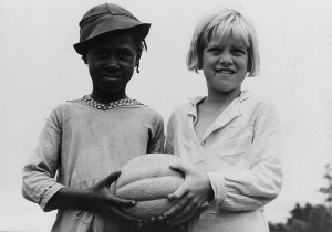 Mississippi Children on the 4th of July 1937. Dorothea Lange Master Photograph. Library of Congress